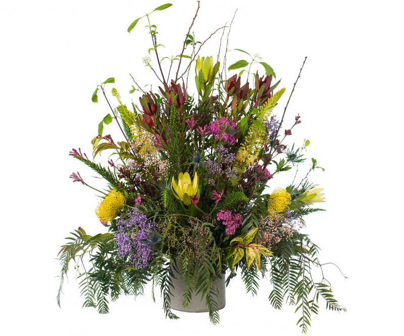 Ramo Nº 07: Leucodendrum, Eryngium, Nutans, Gypsophila, Achilea, Eremurus, Verdes