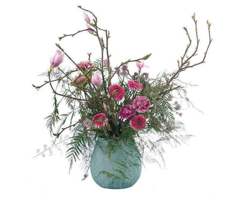 Ramo Nº 05: Magnolio, Gerbera, Clavel, Astrantia, Verdes