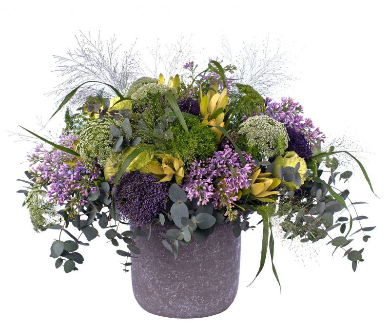 Bouquet Nº 20:Lilacs, Tranchelium, Ammi majus, Leucodendrum, Rose, Panicum, Foliage