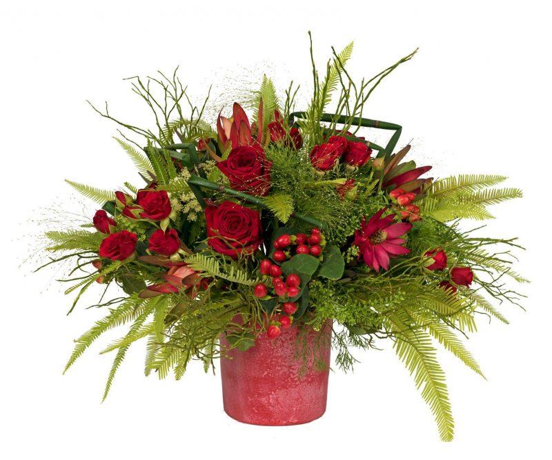 Bouquet Nº 30: Hypericum Leucadendron, Roses, Thlaspi, Carnation, Ammi Majus, Panicum, Foliage. Red flower pot